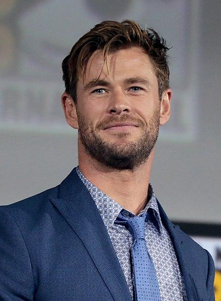 Chris Hemsworth – Going Physical